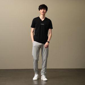 MEN ポリクレストロゴVネックTシャツ