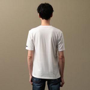 MEN エンブロイダリービーズスカルVネックTシャツ
