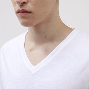 【Safari10月号掲載】ポリクレスト ロゴ VネックTシャツ