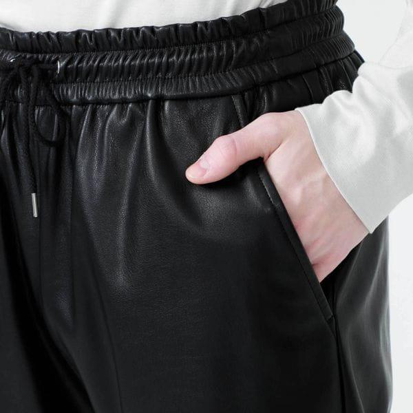 【Safari掲載商品】シンセティックレザー ジョガーパンツ