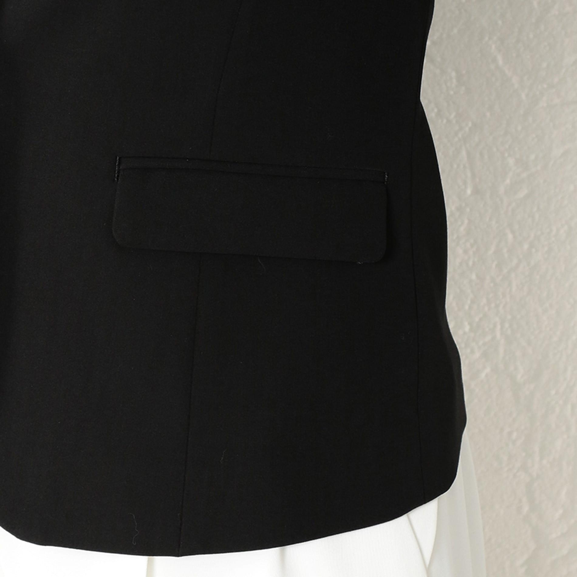 WOMEN ブラックジャケット
