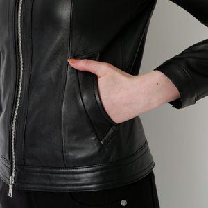 ブラック レザー ナビゲーター ジャケット