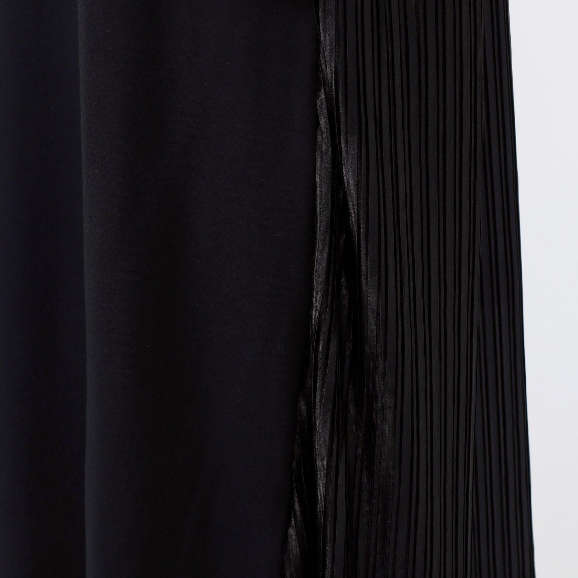 バックプリーツ ポンチドレス
