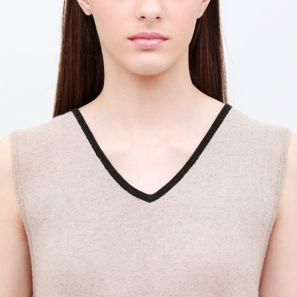 ◆◆【otona MUSE掲載商品】Vネック レイヤード ニットドレス