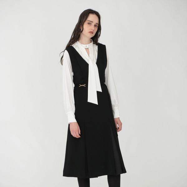 ブラック Vネック ジャンパースカート