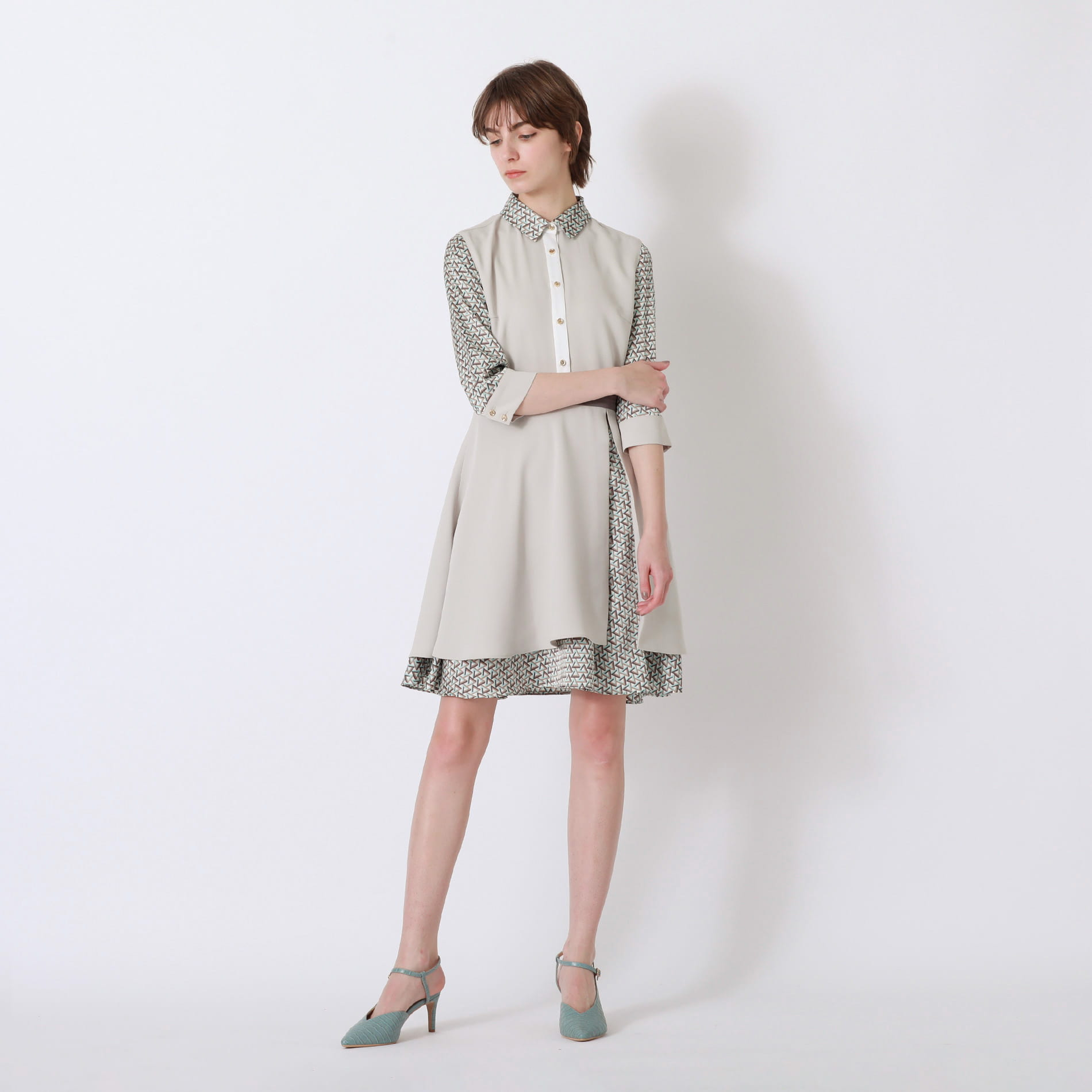 ベージュ ジオメトリック シャツカラー ドレス