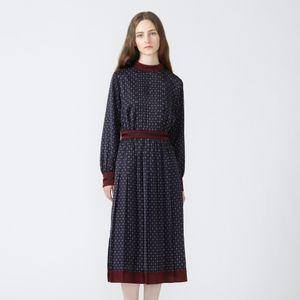 ジオメトリック ハイネックドレス