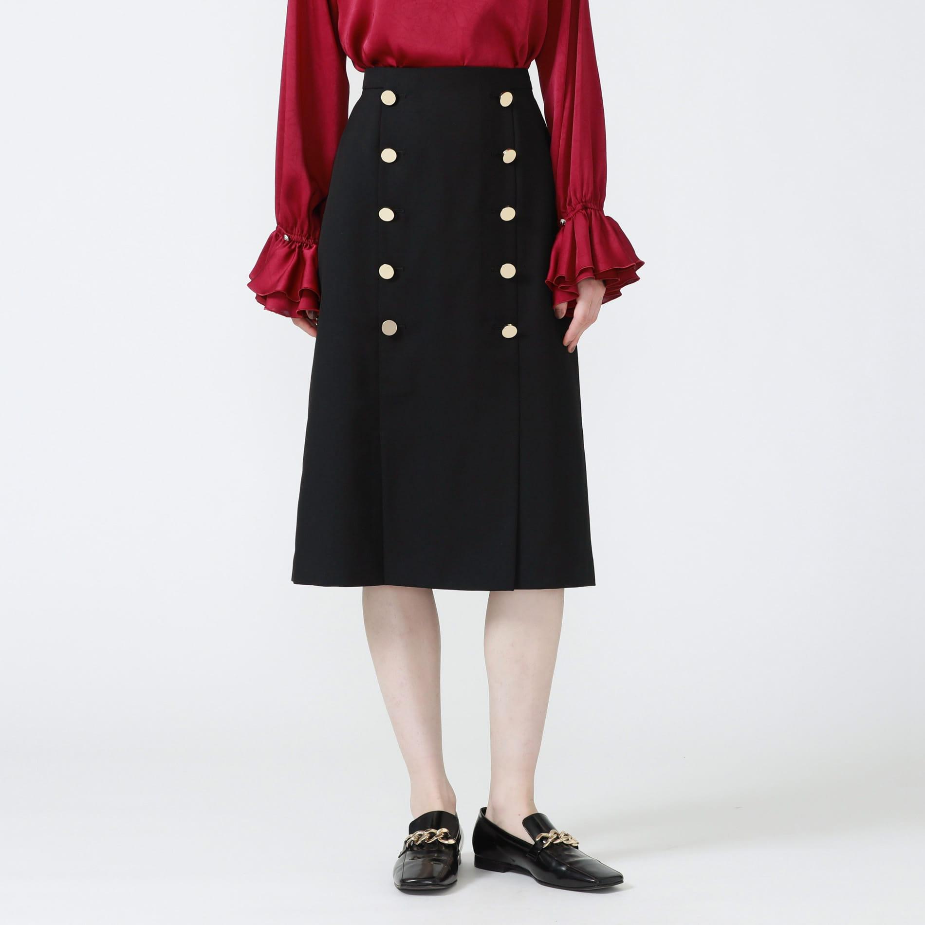 ボタンディティールタイトスカート