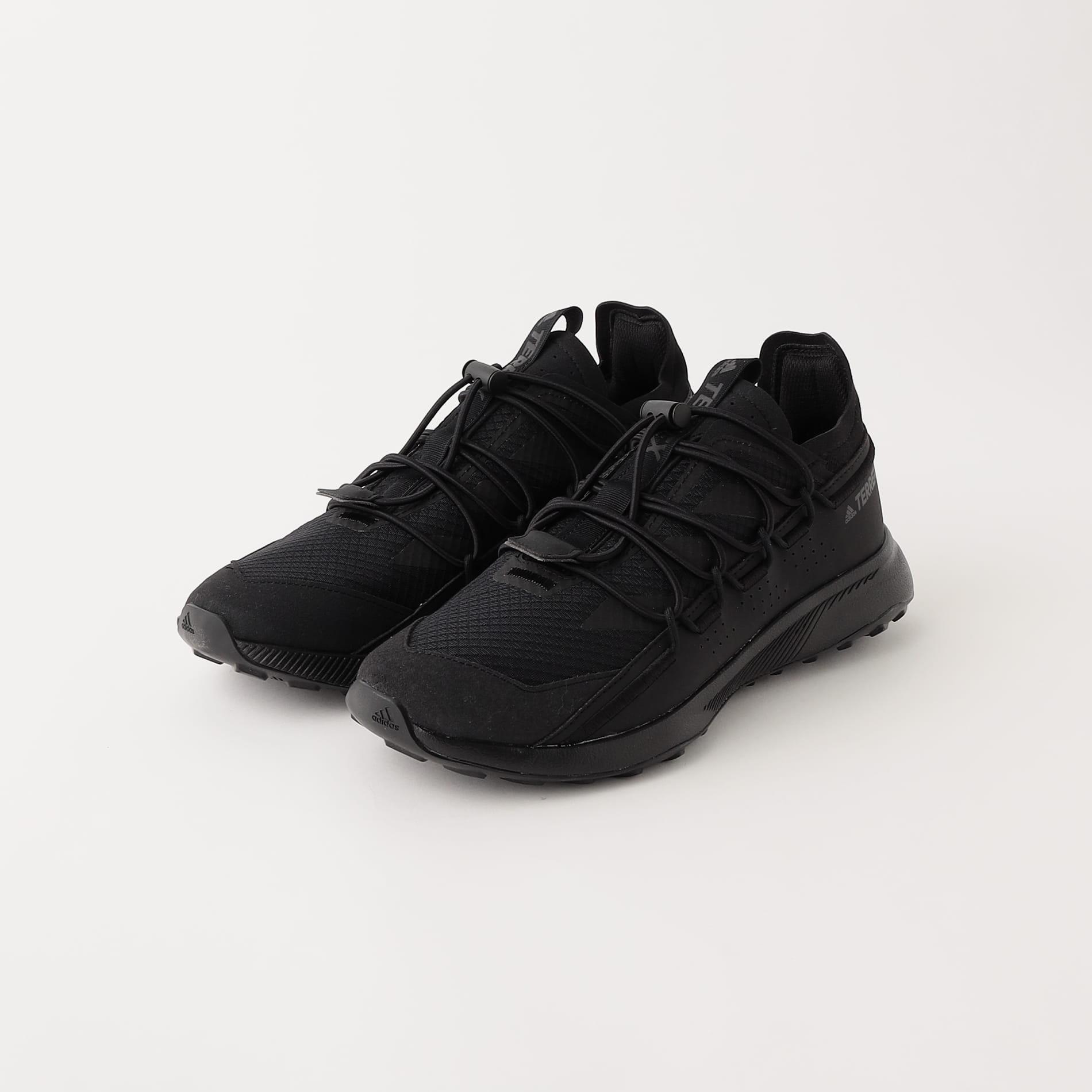 【adidas】MEN スニーカー TERREX VOYAGER 21 H.RDY H0537