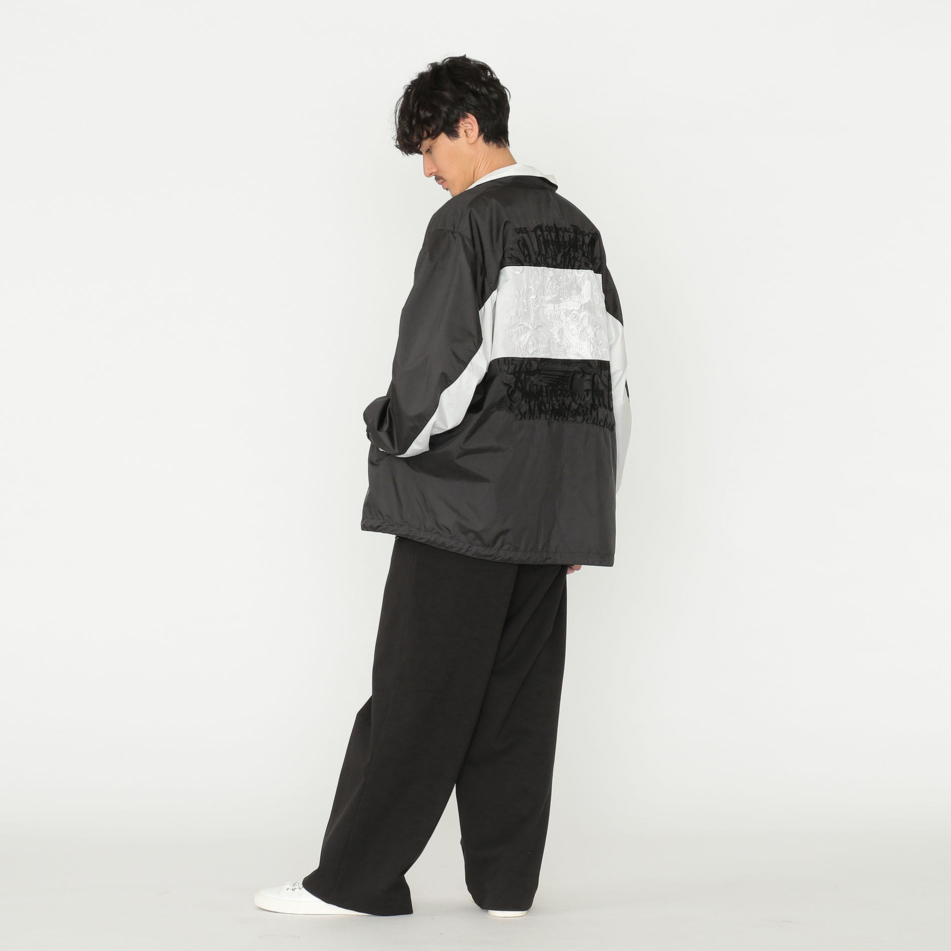 【doublet】<EXCLUSIVE>CHAOS EMBROIDERY TRACK JACKET 19AW03PT98