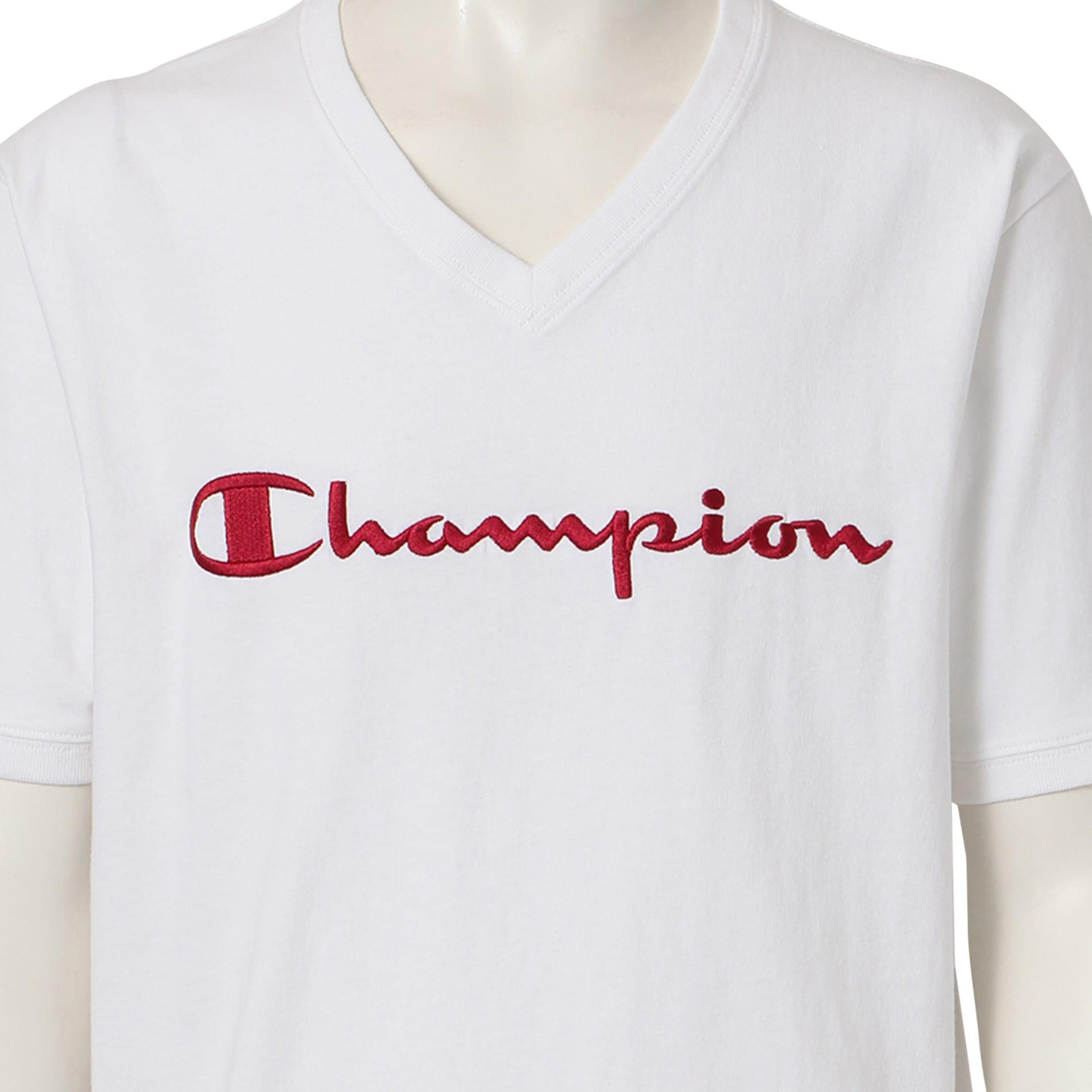 【Champion】MEN 別注VネックエンブロイダリーTシャツ