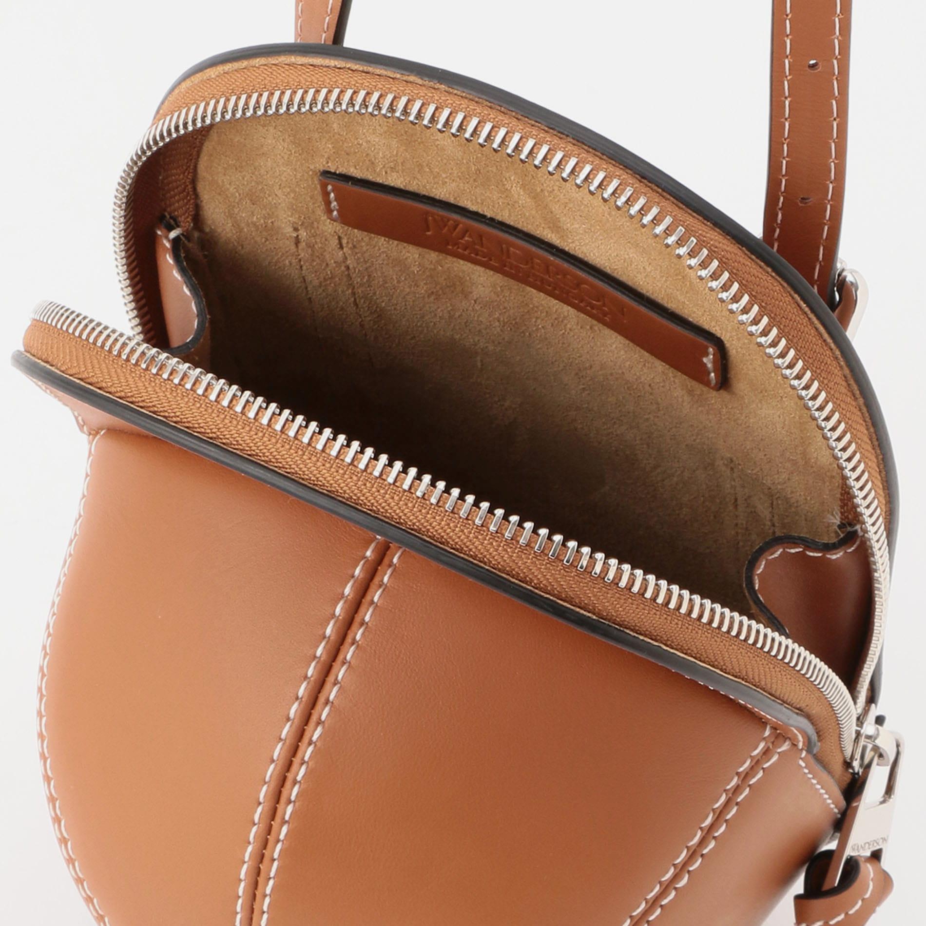 【JW ANDERSON】WOMEN バッグ MIDI CAP BAG HB0230-LA0001