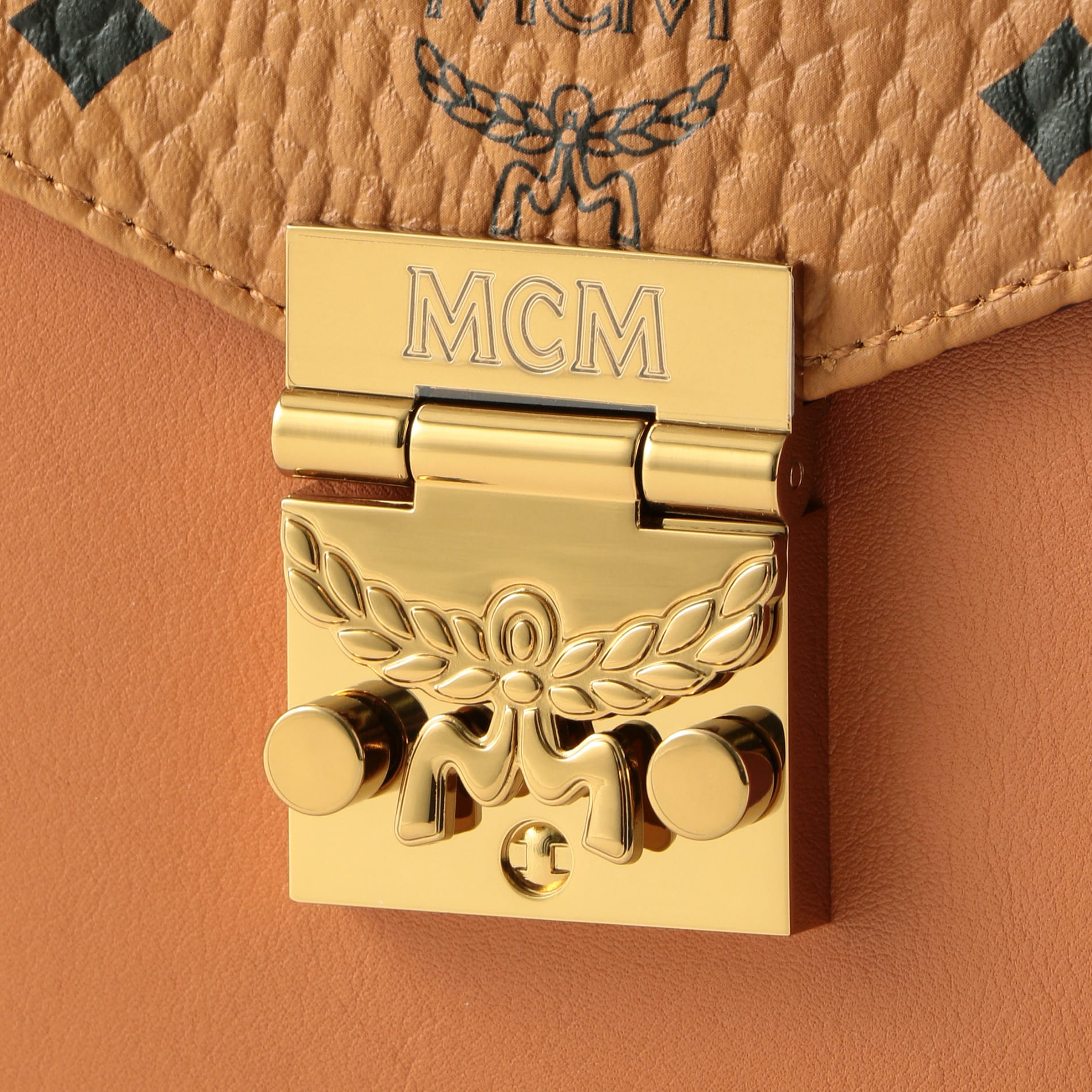 【MCM】サッチェルバッグ-PATRICIA VISETOS SATCHEL SMALL- MWE8APA69