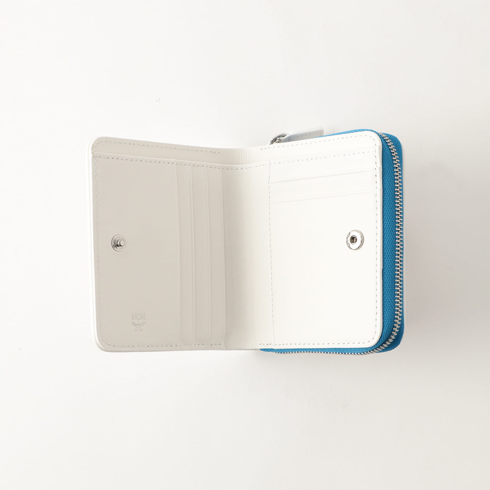 【MCM】ラウンドジップ二つ折り財布 MYS9SSV66