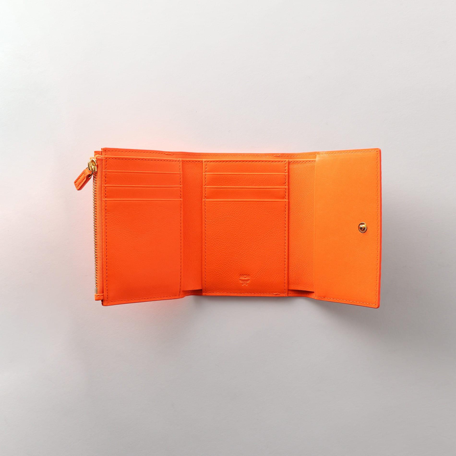 【MCM】二つ折り財布 -WILDER VISETOS- MYS9SWI03