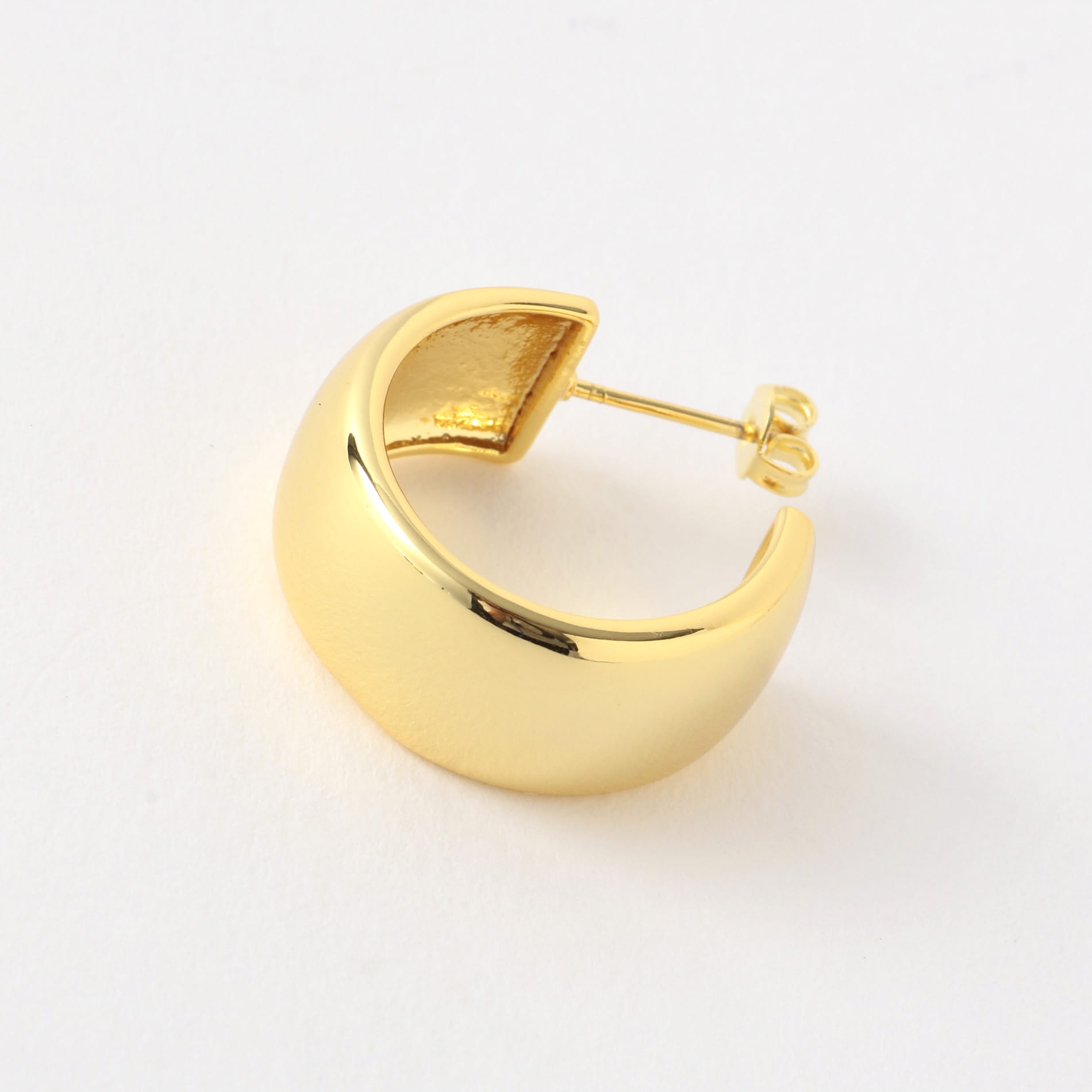 【MOYA】WOMEN ピアス GIORGIA HOOP EARRINGS 14CT GOLD PLATEDBRASS MOYA001GP
