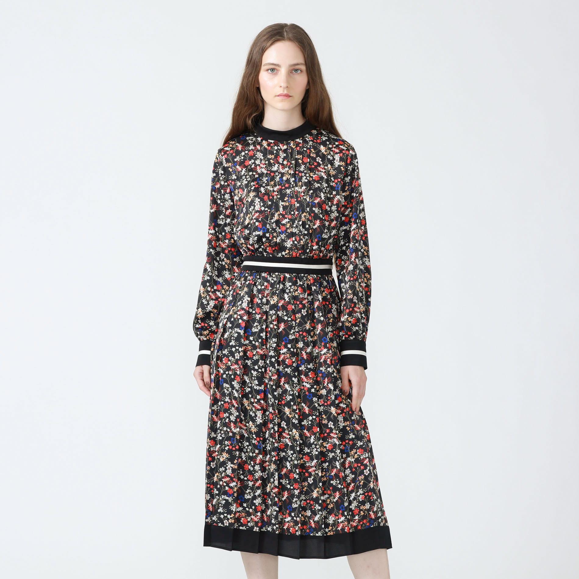 【予約販売】フラワープリントハイネックドレス